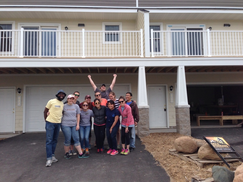 Student Senate at Habitat for Humanity